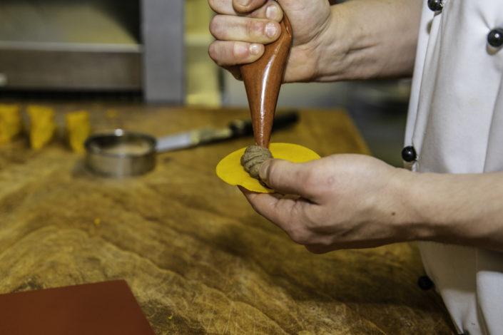 Cucina tipica parmigiana e innovazione al ristorante Rosa Croce di Parma